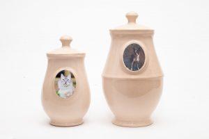 Урна със снимка за индивидуална кремация на домашни любимци